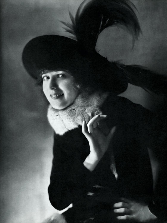 Freda Jackson (1907?990),Amy Walsh (actress) Porno picture Shawn Ashmore,Betty Compson