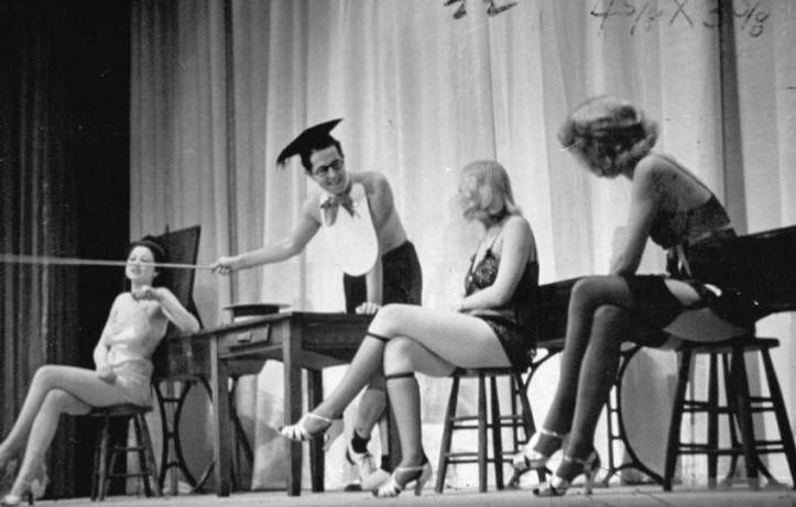 Phil_Silvers_Burlesque_1938[1]