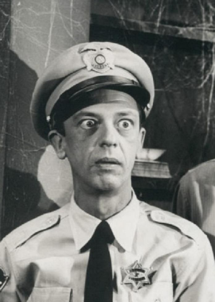 an overview of the mankind during the war and the career of d w griffith Spike lee's film bamboozled (2000), cinematically stages american mass entertainment's history of discrimination with humiliating minstrel stereotypes which was first brought to film in 1915 by dw griffith's the birth of a nation.