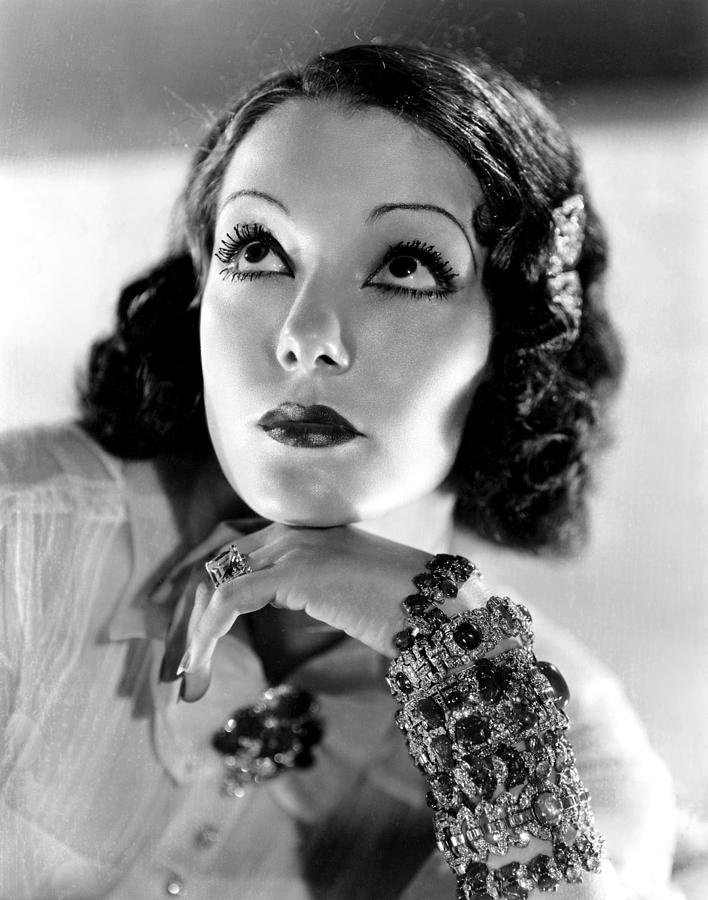 Lupe-V-lez-July-18-1908-December-14-1944-celebrities-who-died-young-34838564-708-900