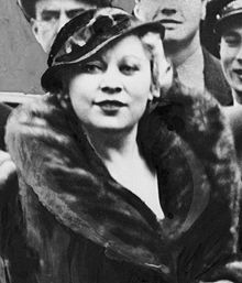 Mae_West.jpgA photo from 1933, when she was 40