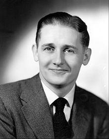 Alan_Young_circa_1944