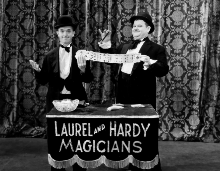 Annex - Laurel & Hardy (Hollywood Revue of 1929, The)_01