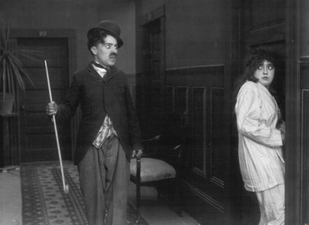 Annex - Chaplin, Charlie (Mabel's Strange Predicament)_NRFPT_01