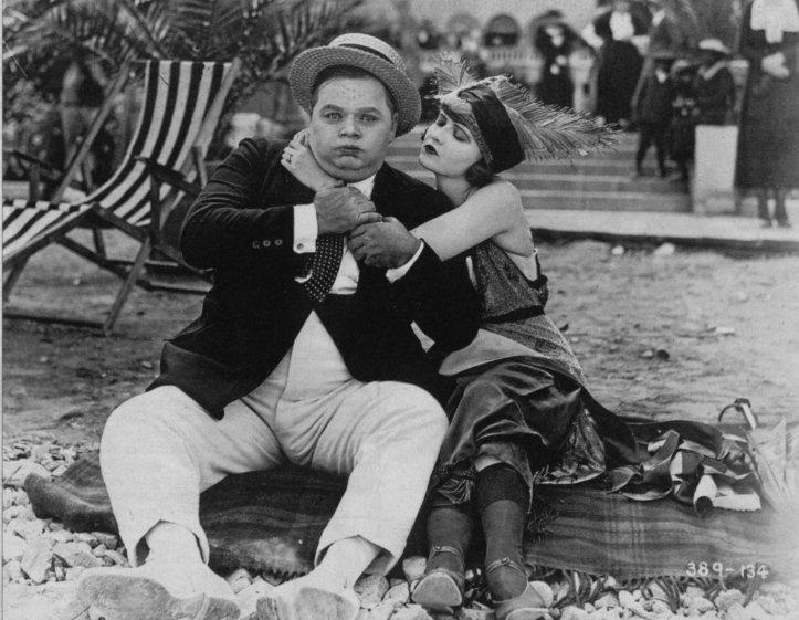 Roscoe Arbuckle - Escena de Leap Year (1921)