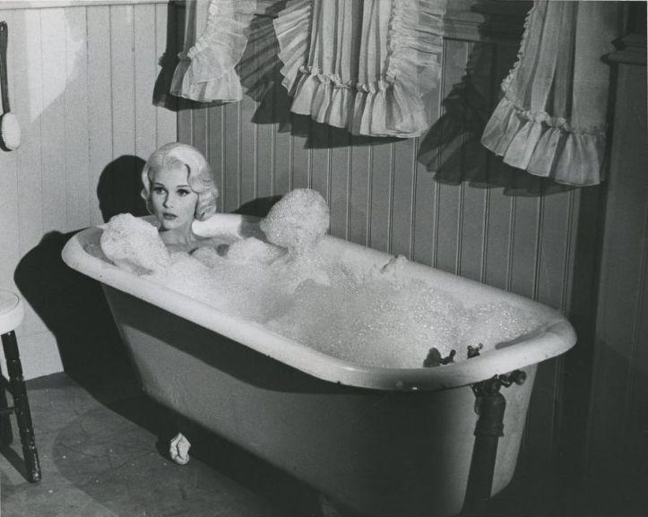 Carol Lynley Harlow (1965)