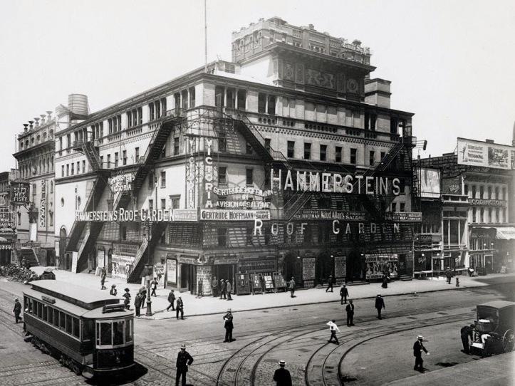 Hammerstein's Victoria Theatre, c.1908