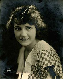 220px-portrait_of_sybil_seely1
