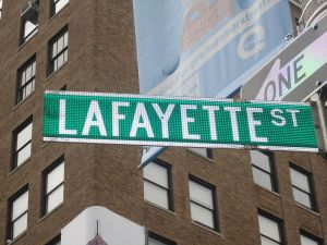 800px-Lafayette_Street_sign_in_Lower_Manhattan_IMG_3919