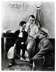Tod Browning directs Lon Chaney and Friend
