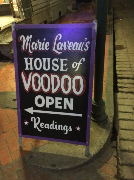 Marie Laveau's = Bourbon Street