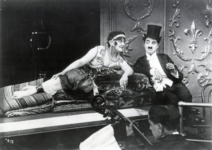 zoom_1418769103_A_Night_In_the_Show_-_Chaplin_Restored_program@2x