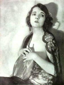 Alma_Rubens_-_Dec_1919_Shadowland