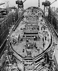 liberty_ship_construction_10_upper_decks