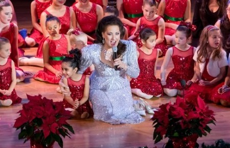 cristina-fontanelli-with-the-children-of-the-little-language-studio-and-the-children-of-the-jersey-city-ballet-3