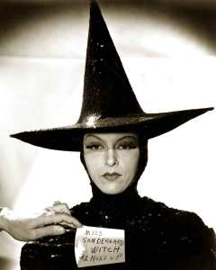 Gale Sondergaard Was the Original Wicked Witch in The Wizard of Oz! –  (Travalanche)